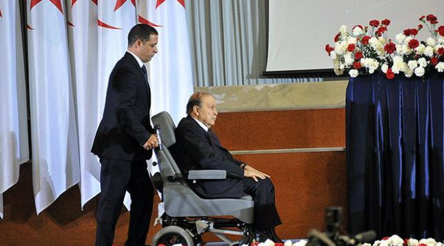 Cezayirde Buteflika karşıtlarına sokağa çıkmama çağrısı