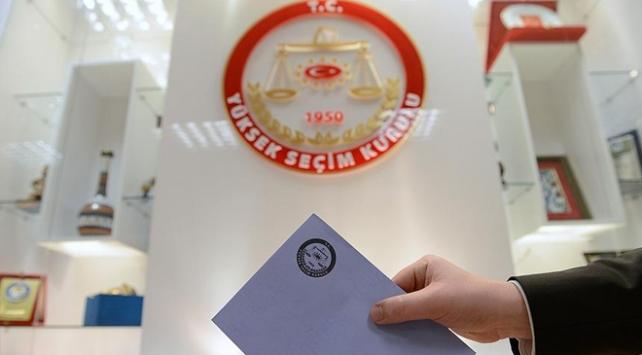 Aday listeleri teslim edildi