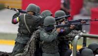 Venezuela askerleri sınırda konuşlandırılıyor