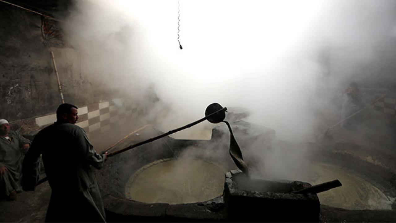 Mısırın geleneksel pekmez üretimi