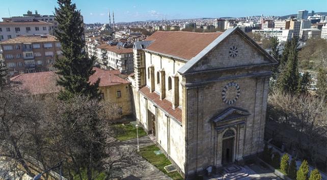 """Atatürk'ün halka seslendiği bina """"arkeoloji enstitüsü"""" olacak"""