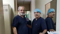 """Türk cerrahlardan """"sınır ötesi"""" operasyon"""