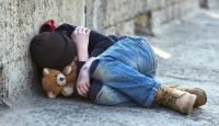 """""""İngiltere'de yoksulluk içindeki çocuk oranı rekor seviyelere ulaşabilir"""""""