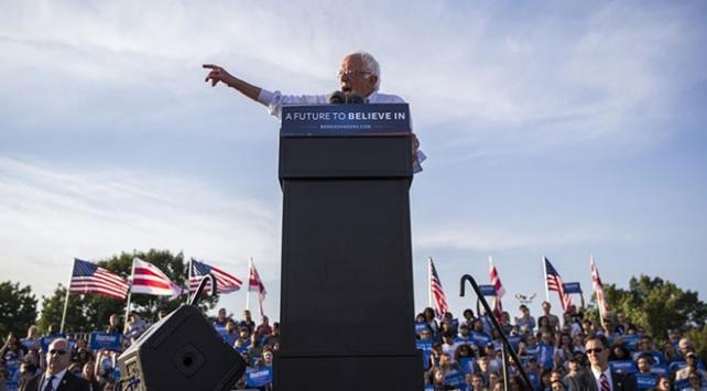 Trump ve ABD başkanlığına aday olan Sanders arasında çılgın tartışması