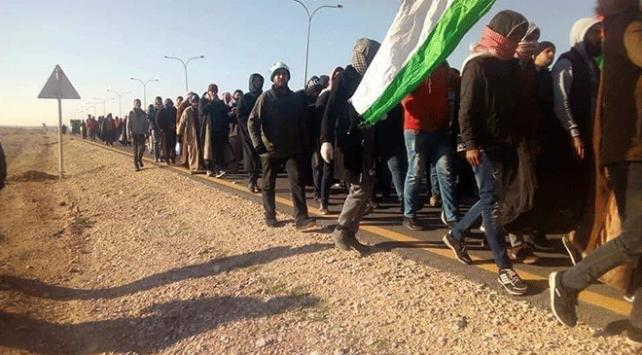 Ürdünün birçok kentinden başkent Ammana işsizlik yürüyüşü