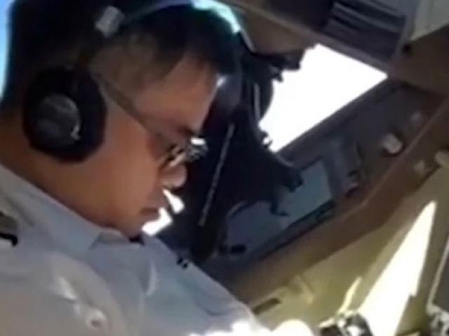 Pilot uçuş sırasında uyudu, yardımcısı video çekti