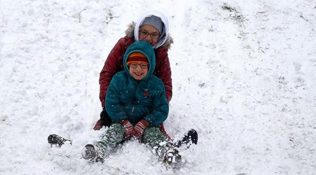 Çanakkale ve Kırklarelinde okullara kar tatili