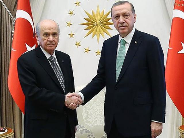 Cumhurbaşkanı Erdoğandan Bahçeliye teşekkür telefonu