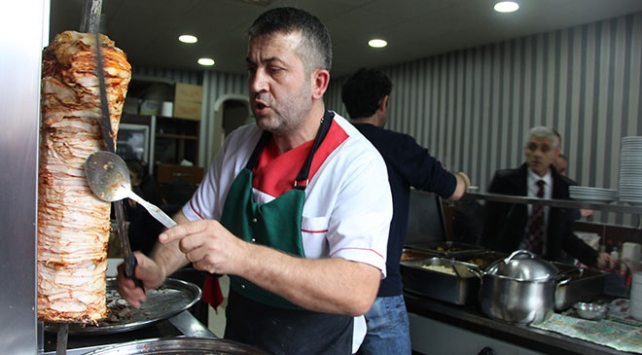Gıda siparişi verdi; içinden 300 bin lira çıktı