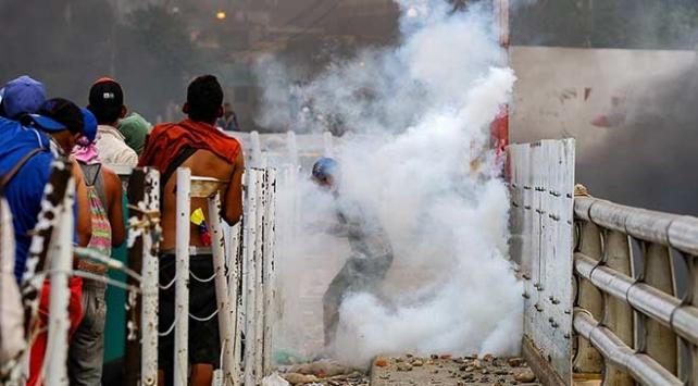 Lima Grubundan Venezuelada askeri müdahaleden kaçının çağrısı