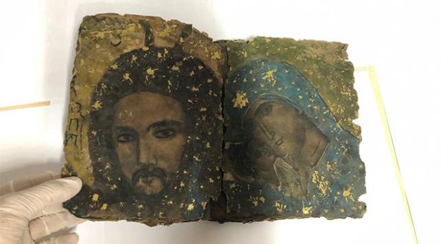 Diyarbakırda 800 yıllık İbranice kitap ele geçirildi