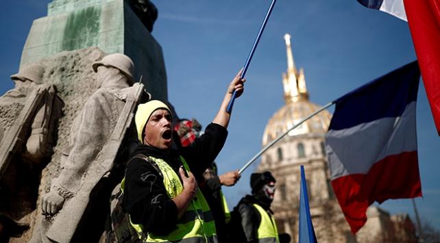 Sarı Yelekliler, Fransa ekonomisini yavaşlattı