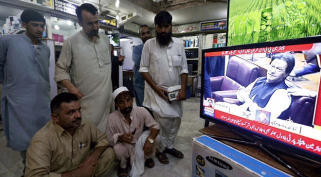 Pakistan televizyonlarında Hindistan içeriklerine yasak