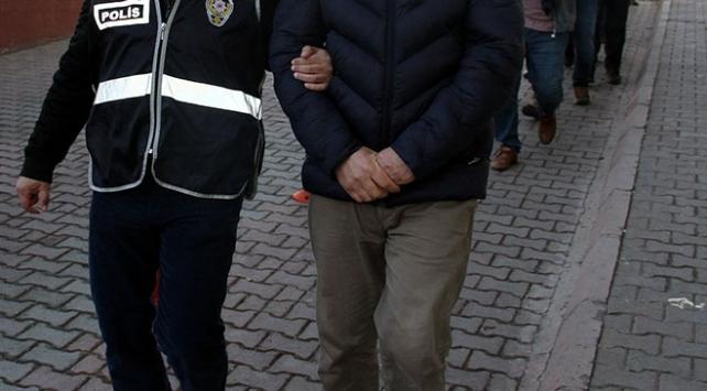 Okul önlerinde uyuşturucu satıcılarına operasyon: 11 gözaltı