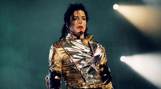 Radyo kanallarından Michael Jackson şarkılarına yasak