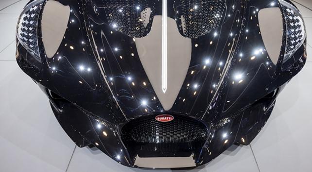 Dünyanın en pahalı aracı 16.5 milyon euroya satıldı