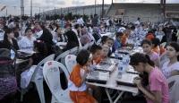 Türkiye'nin İlk Çocuk İftarı Stad Doldurdu