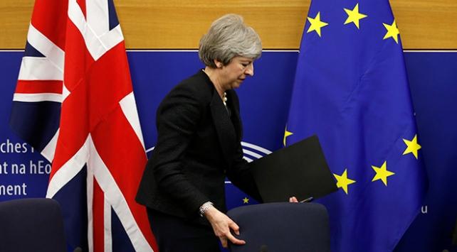 İngilterede tarihi oylama bugün başlıyor