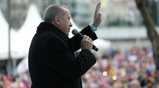 Cumhurbaşkanı Erdoğan: Milletime diz çöktürtemeyecekler