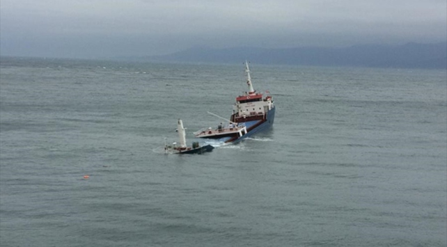 Bandırmada kuru yük gemisi battı
