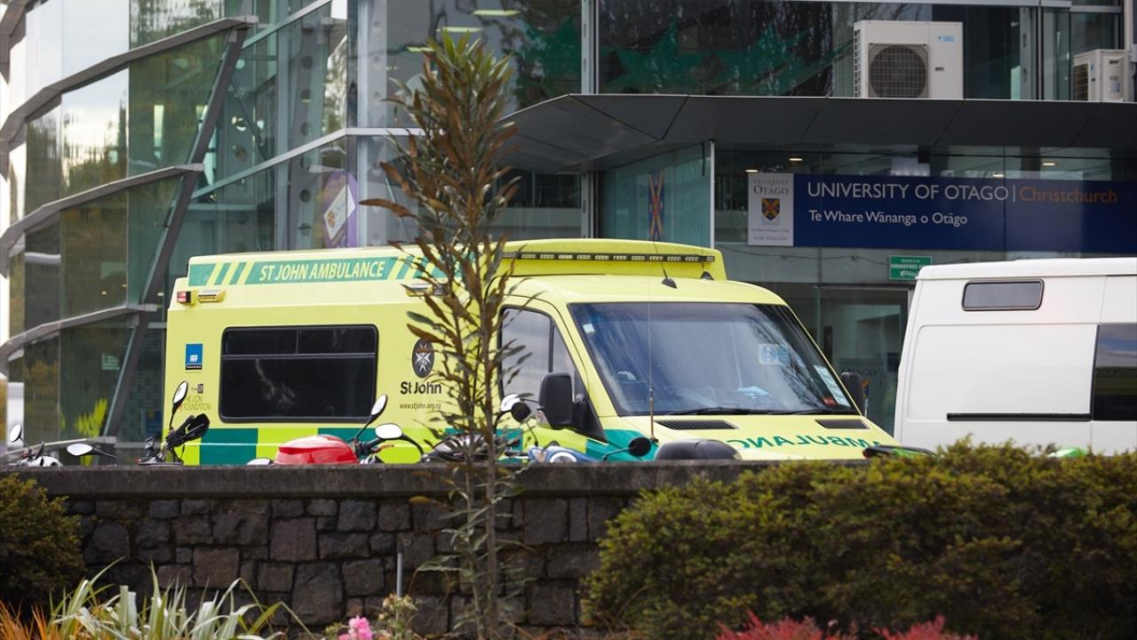 Yeni Zelandada 2 camiye silahlı saldırı