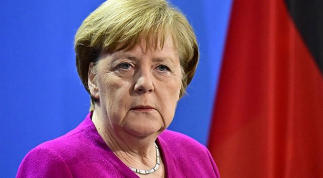 Teröristin nefret manifestosundan Merkel de nasibini aldı