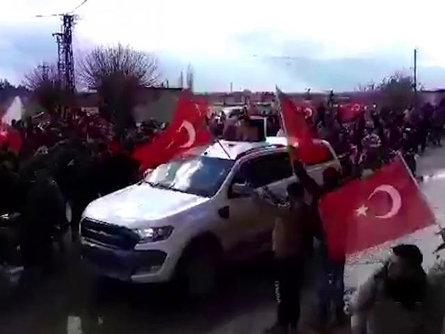 TSKnın ikinci İdlib devriyesine sevgi seli