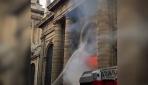 Paristeki tarihi Saint Sulpice kilisesinde yangın
