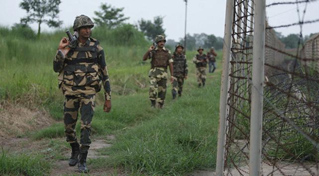 Cammu Keşmirde gerginlik: 1 Hint askeri öldü