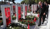 Cumhurbaşkanı Erdoğan, Şehitler Abidesi'nde düzenlenen törene katıldı