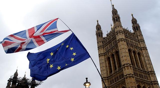 """AB İngilterenin Brexit konusuna """"açıklık"""" getirmesini istiyor"""