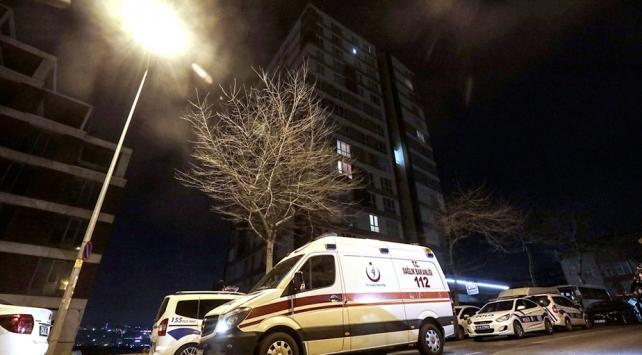 İstanbulda bir rezidansın 9.katından düşen kadın öldü