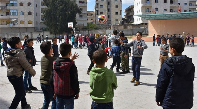 Afrin harekatı 300 bine yakın Suriyelinin dönüşünü sağladı