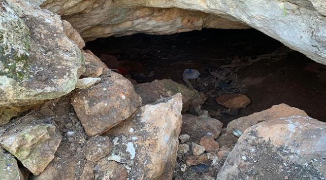 Diyarbakırda toprağa gömülü PKKya ait silah ve mühimmat bulundu