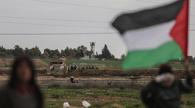 İsrail'in müdahalesinde 18 yaşındaki Filistinli şehit oldu
