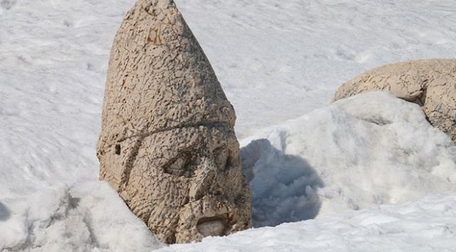 Nemrut Dağı turizm sezonunu açtı