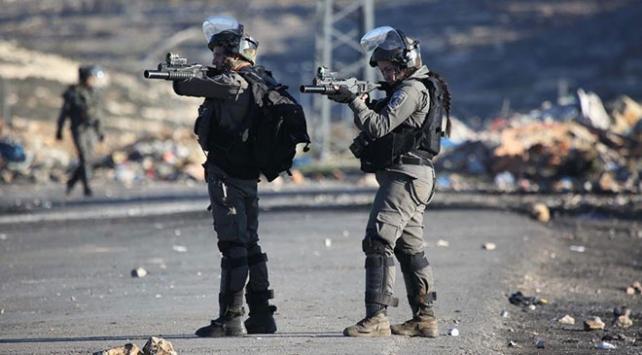 İsrail askerlerinin yaraladığı Filistinli şehit oldu