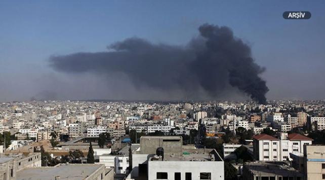 İsrailden Gazzeye topçu saldırısı