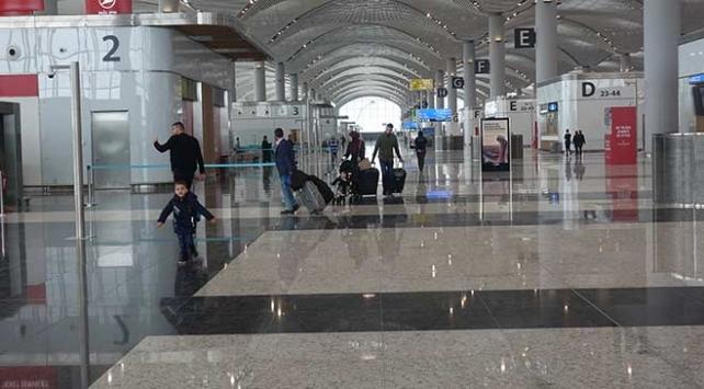 Atatürk Havalimanının sorunsuz taşınması için bazı yollar trafiğe kapatılacak