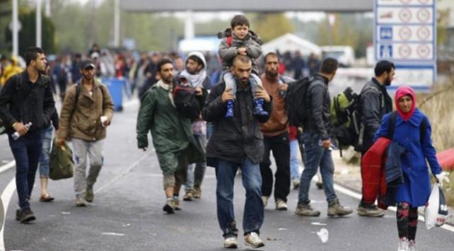"""""""Avrupaya gitmek isteyen göçmenler yol boyunca tacize uğruyor"""""""