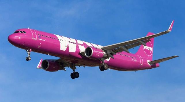İzlanda merkezli hava yolu şirketi Wow Air, tüm uçuşlarını iptal etti