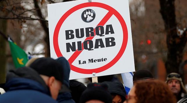Kanadanın Quebec eyaletinde kamuda dini sembolleri yasaklama planı