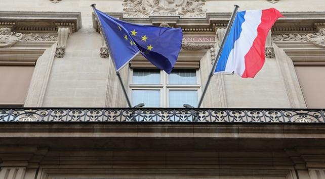 Fransızların yarısından fazlası AB ordusundan yana