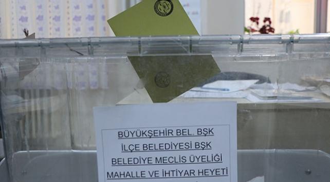 Bakanlar oylarını kullandı