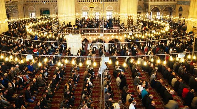 Miraç Kandili ne zaman? Miraç Kandilinde hangi ibadetler yapılır?