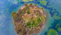 Eşsiz manzarası ve zengin florasıyla Gölbaşı Gölü