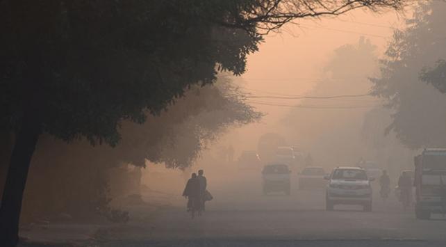 Hindistanda hava kirliliği 1,2 milyon kişinin ölümüne yol açtı