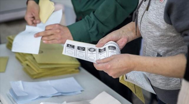 Yalovada CHP ve AK Parti arasındaki fark 292 oya indi