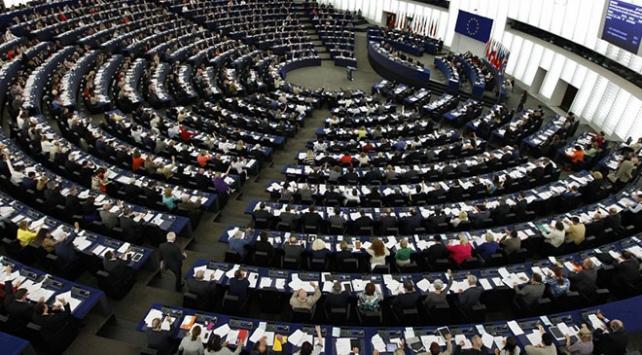 Avrupa Parlamentosundan Brexit sonrası vizesiz seyahate onay