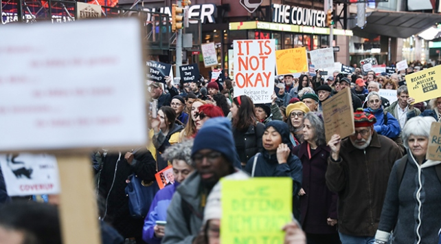 New Yorkta Mueller raporu protestosu